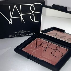"NARS Blush ""lovejoy"""